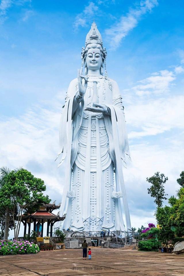 Tượng Phật quan âm Đà Lạt