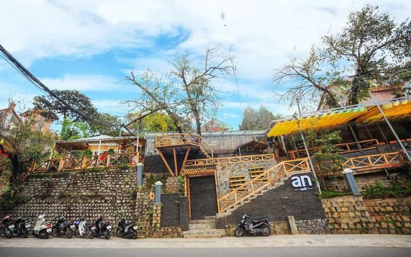 F Coffee & Shop