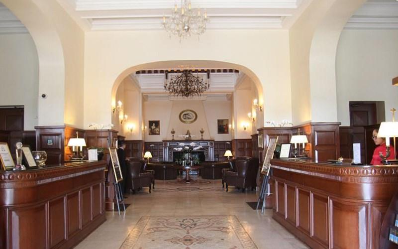 hotel dalat palace
