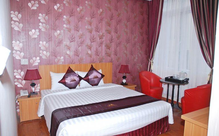 phòng Deluxe 1 giường khách sạn Phố núi Đà Lạt