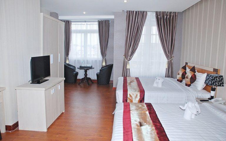 phòng Deluxe 2 giường khách sạn Phố Núi Đà Lạt