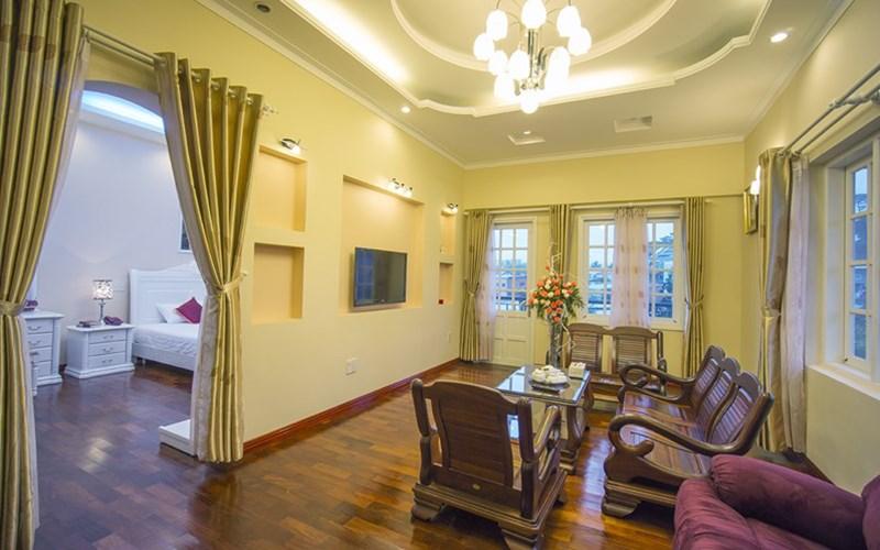 phòng Executive Suite biệt thự Hoa Hồng