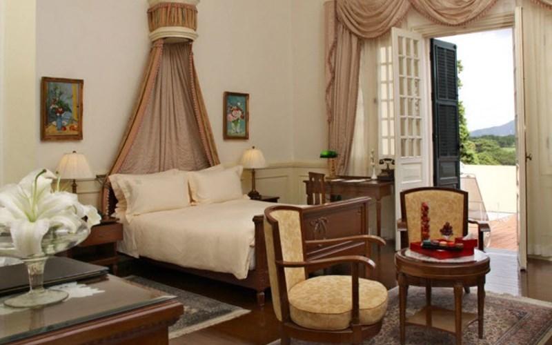 phòng Luxury khách sạn Palace