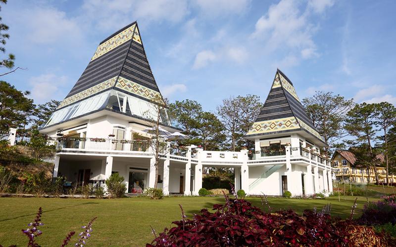 phòng President Suite Khách sạn Bình An Village
