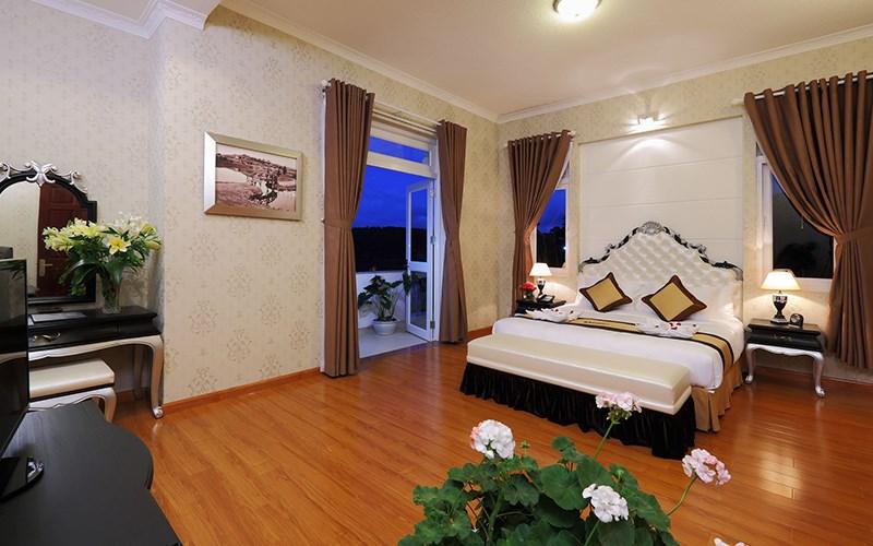 phòng Superior Sacom Tuyền Lâm Golf Club & Resort
