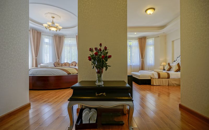 phòng deluxe Tuyền Lâm resort