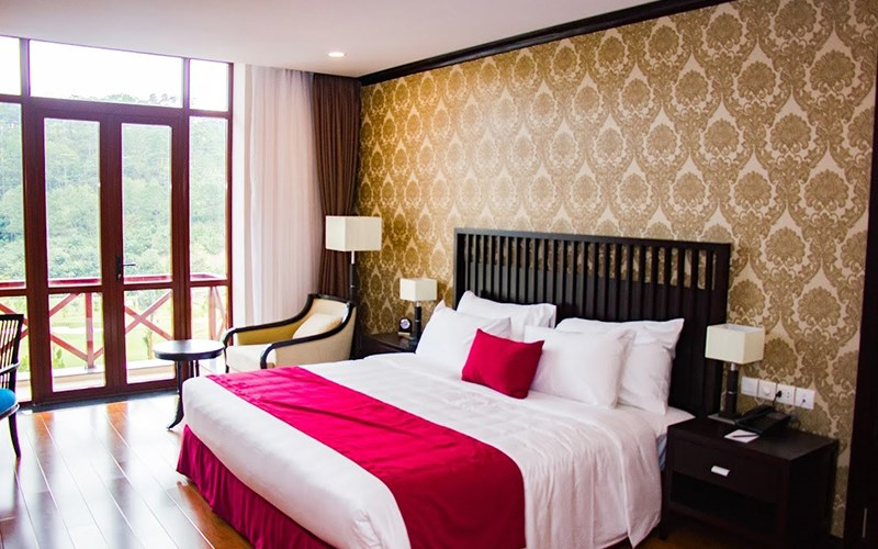 phòng junior suite Swiss Belresort Tuyền Lâm Đà Lạt