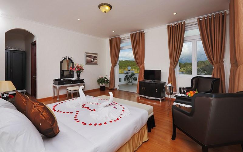 phòng standard Sacom Tuyền Lâm Golf Club & Resort