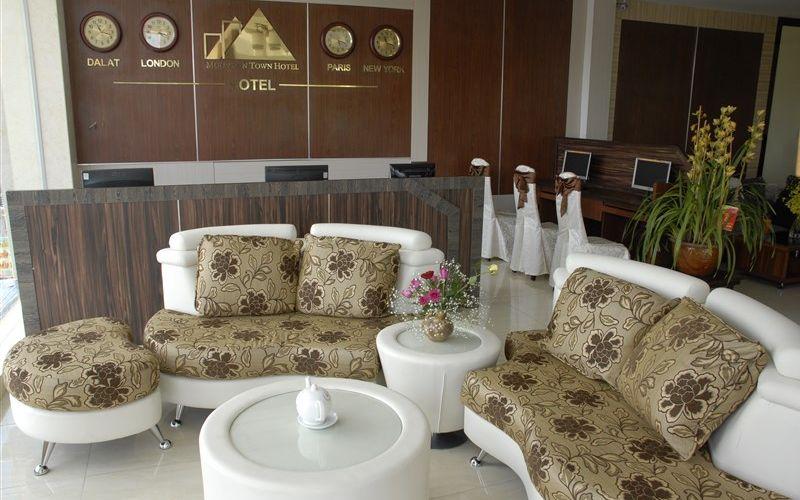 Số điện thoại khách sạn Phố Núi Đà Lạt