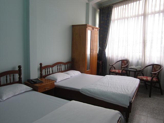 Giá phòng khách sạn Hải Uyên Đà Lạt