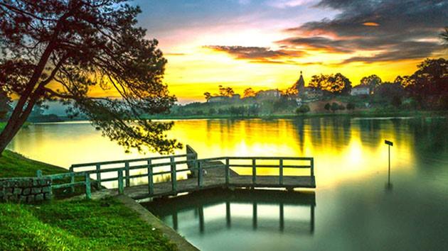 Kinh nghiệm đặt phòng khách sạn gần hồ Xuân Hương Đà Lạt