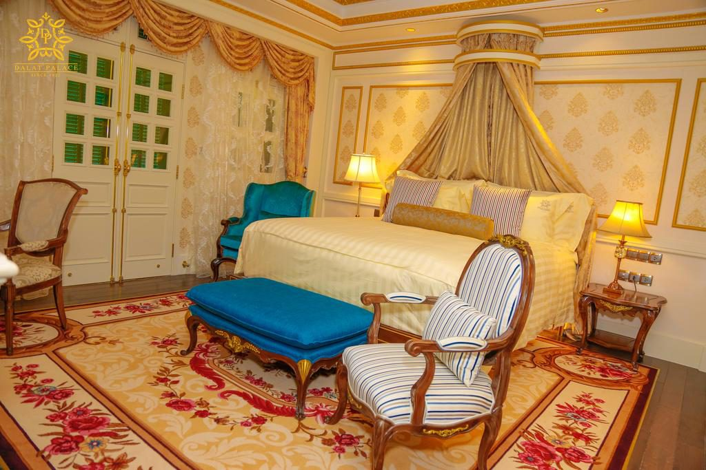 Khách sạn dalat palace 5 sao