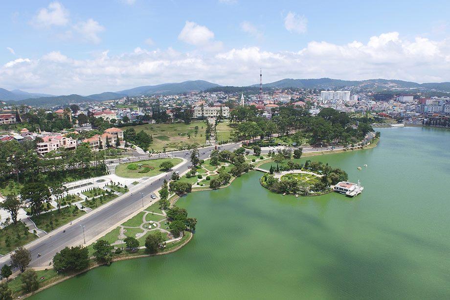 Khách sạn gân hồ Xuân Hương Đà Lạt