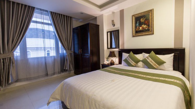 phòng Deluxe Double khách sạn Victory