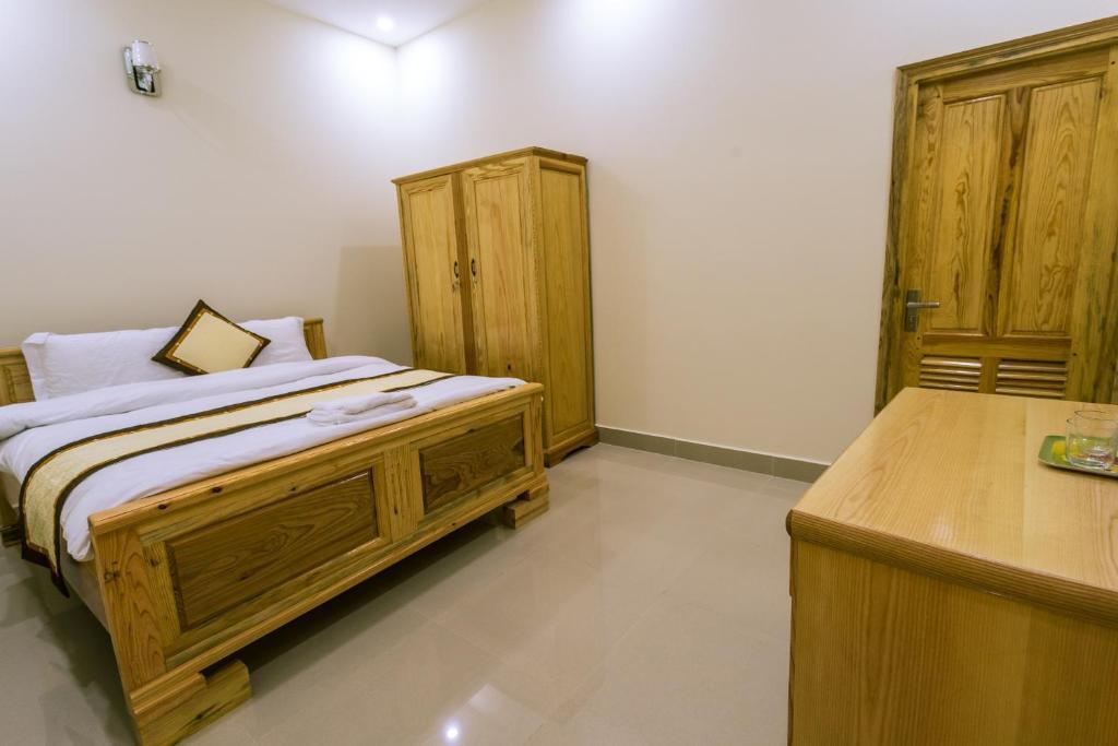 Phòng đôi khách sạn bốn mùa