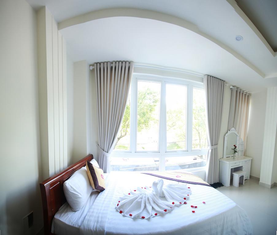 phòng giường đôi khách sạn An An Đà Lạt