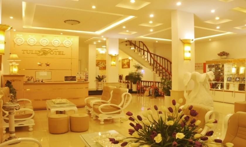 Khách sạn Đà Lạt nằm trên đường Nguyễn Chí Thanh