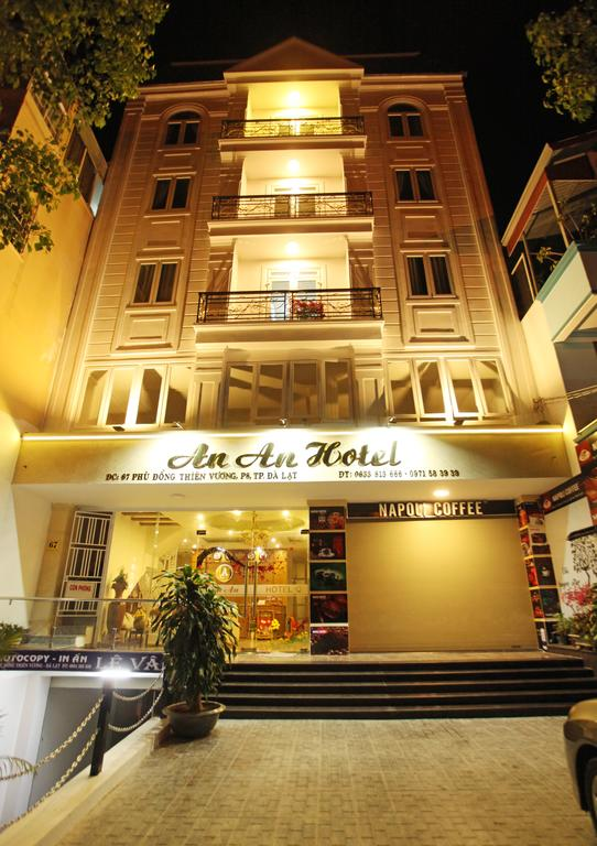 Khách sạn mới xây Đà Lạt