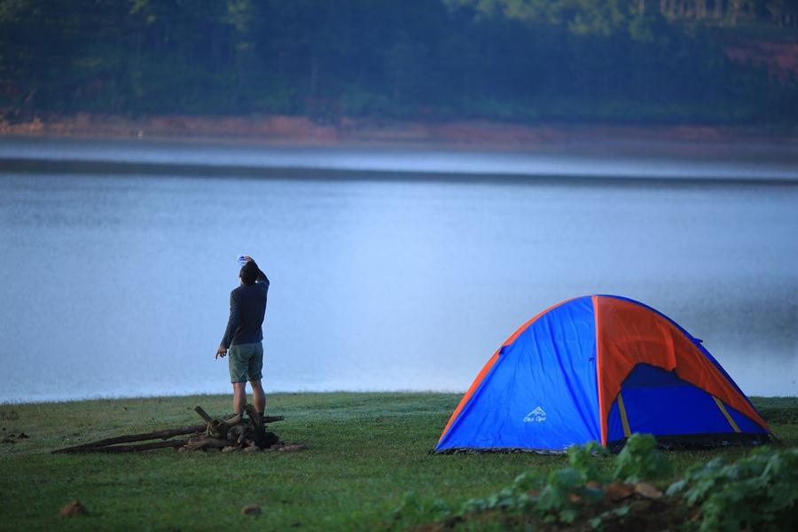 Cắm trại hồ Tuyền Lâm Đà Lạt