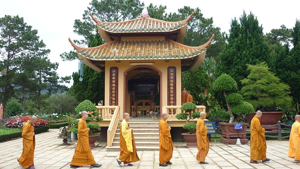 kiến trúc thiền viện trúc lâm Đà Lạt