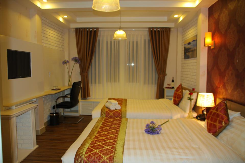 Phòng Deluxe Quadruple arapang hotel Đà Lạt