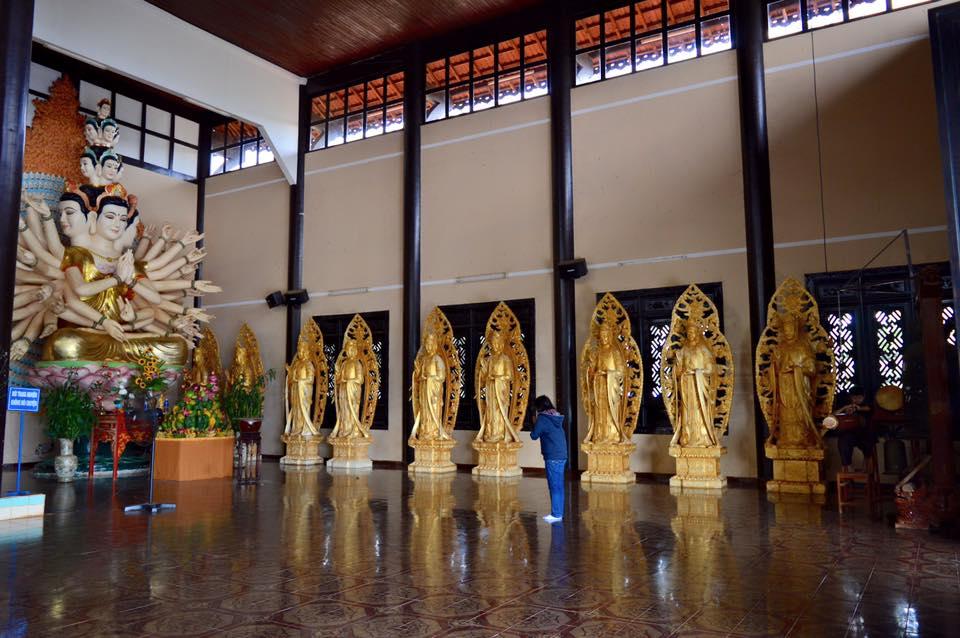Tham quan chùa Linh ẩn Tự Đà Lạt