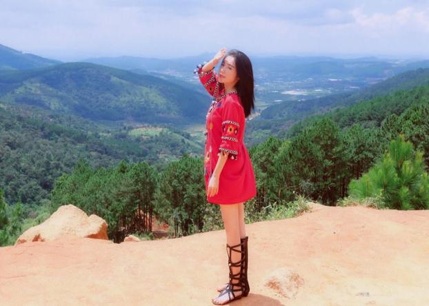 Elly Trần đi du lịch Đà Lạt