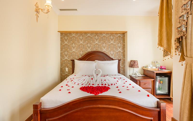 Đặt phòng khách sạn navy flower Đà Lạt