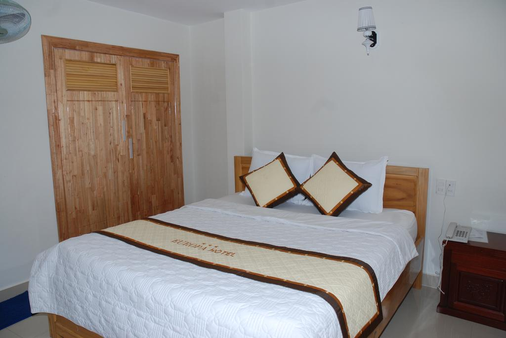Phòng đơn khách sạn Châu âu đà Lạt