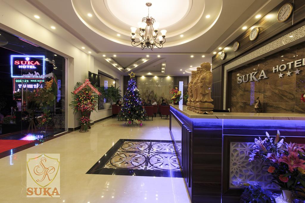 Khách sạn thông vàng Đà Lạt