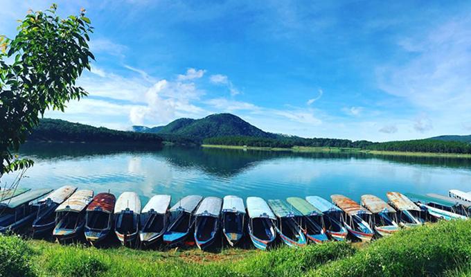 Tour ma rừng lữ quán 1 ngày hồ tuyền Lâm Đà Lạt