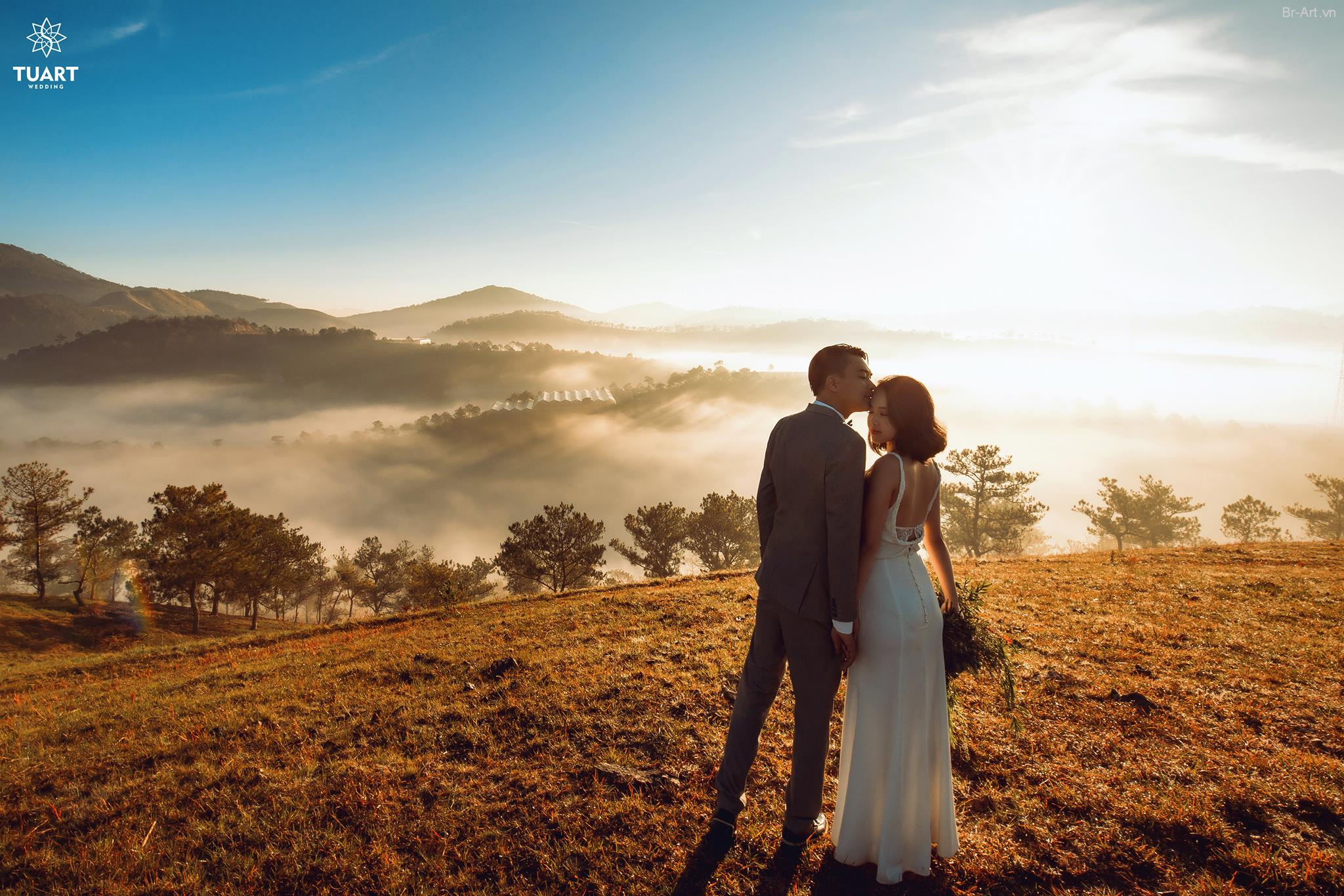 Giá chụp ảnh cưới ngoại cạnh ở Đà Lạt