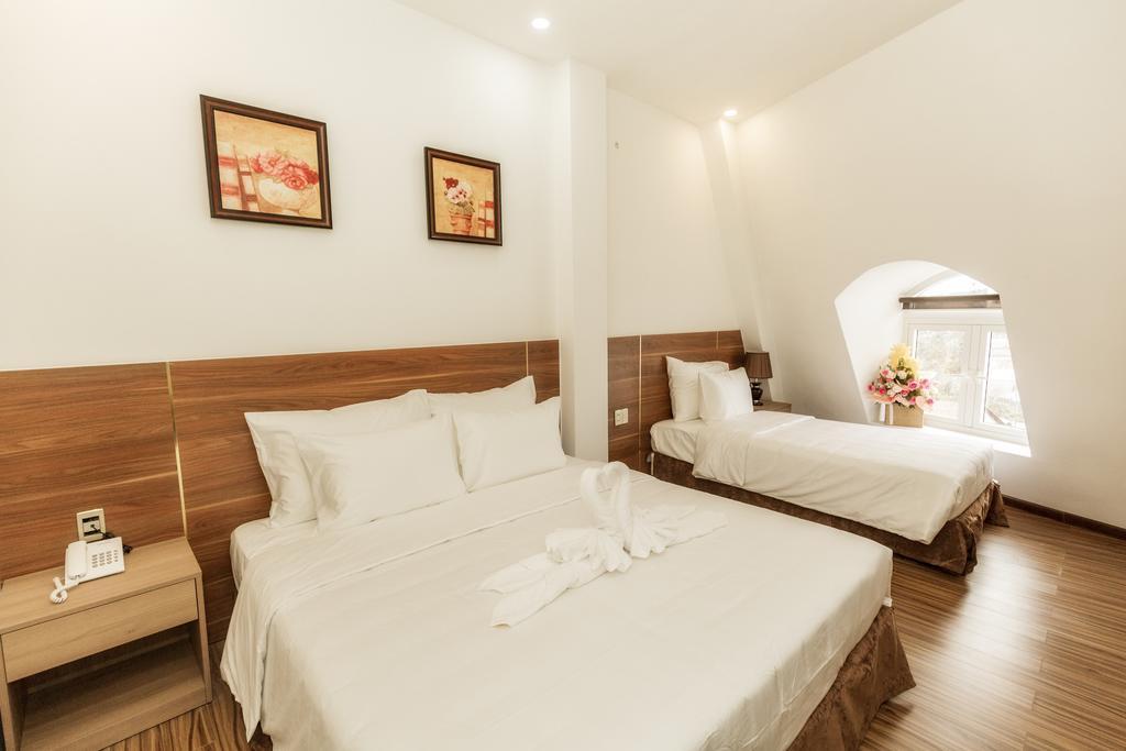 Phòng 3 người khách sạn President Đà Lạt