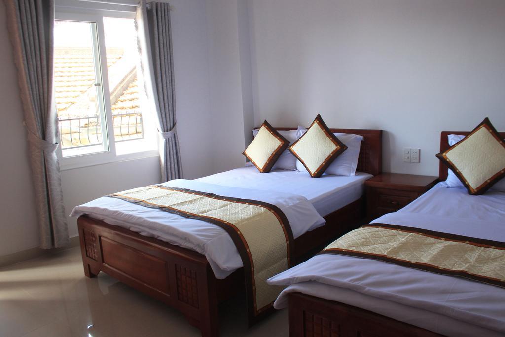 Phòng khách sạn Phước thịnh Đà Lạt