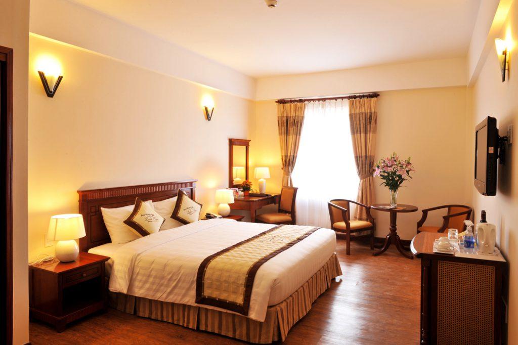 Giá phòng khách sạn Đà Lạt Palaza