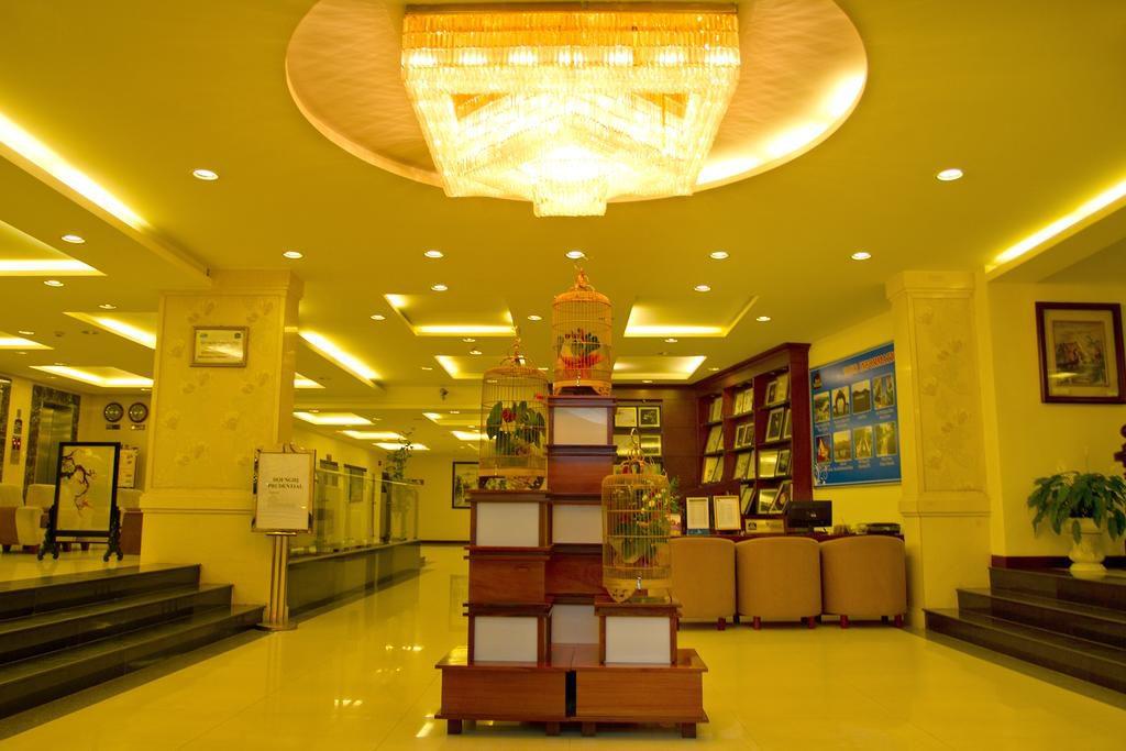 hotel dalat plaza