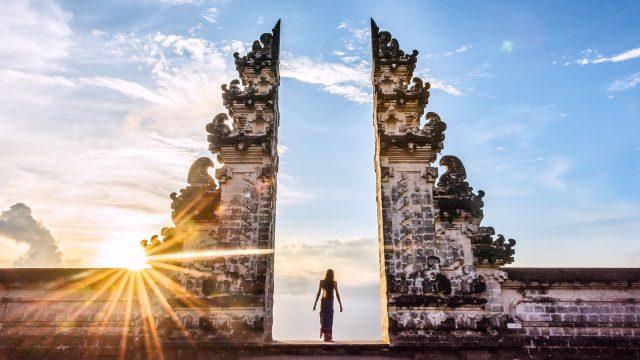 ảnh gốc cổng trời Bali ở đảo Bali