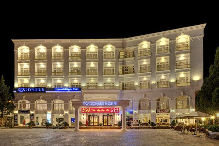 Khách sạn Ngọc Phát gần chợ