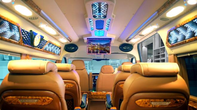xe limousine Sài gòn đi Đà Lạt