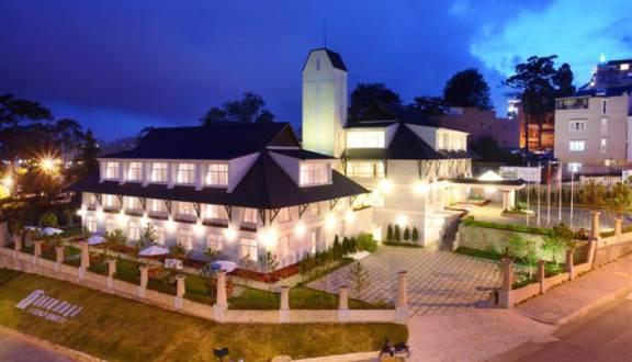 khách sạn mường thanh ở Đà Lạt có hồ bơi
