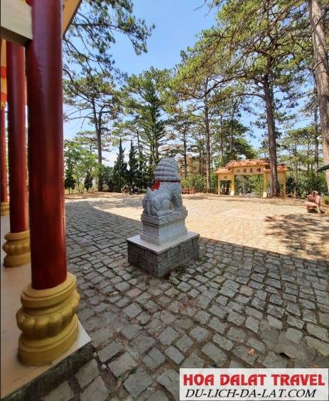 Ngôi chùa có quy mô khá lớn tại Đà Lạt