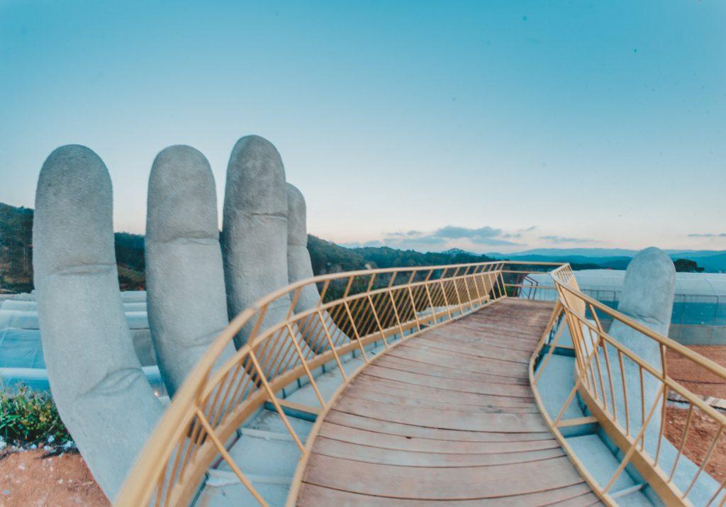 cây cầu vàng ở đà lạt