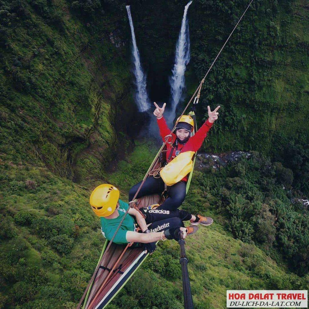 trò chơi trên cao ở thác Datanla