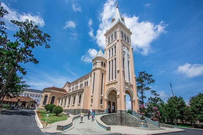 nhà thờ con gà tại tp Đà Lạt