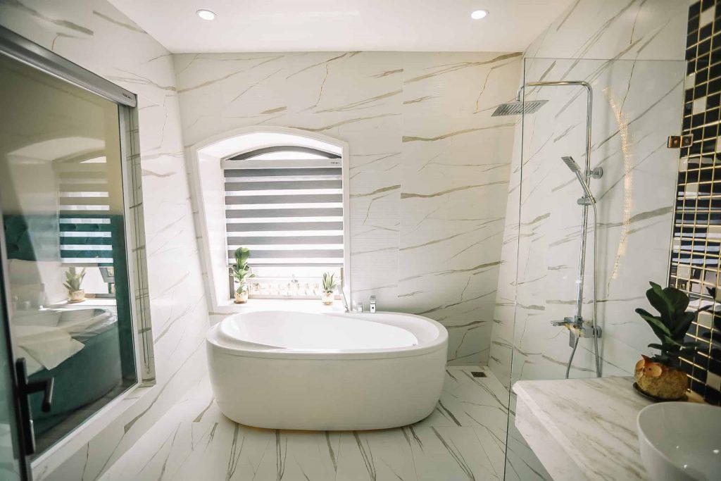 Phòng tắm ở Memory Inn