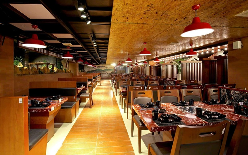 Không gian bên trong của nhà hàng