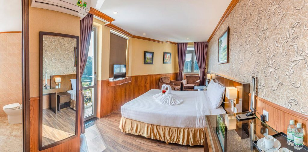 Phòng ở Kings Hotel