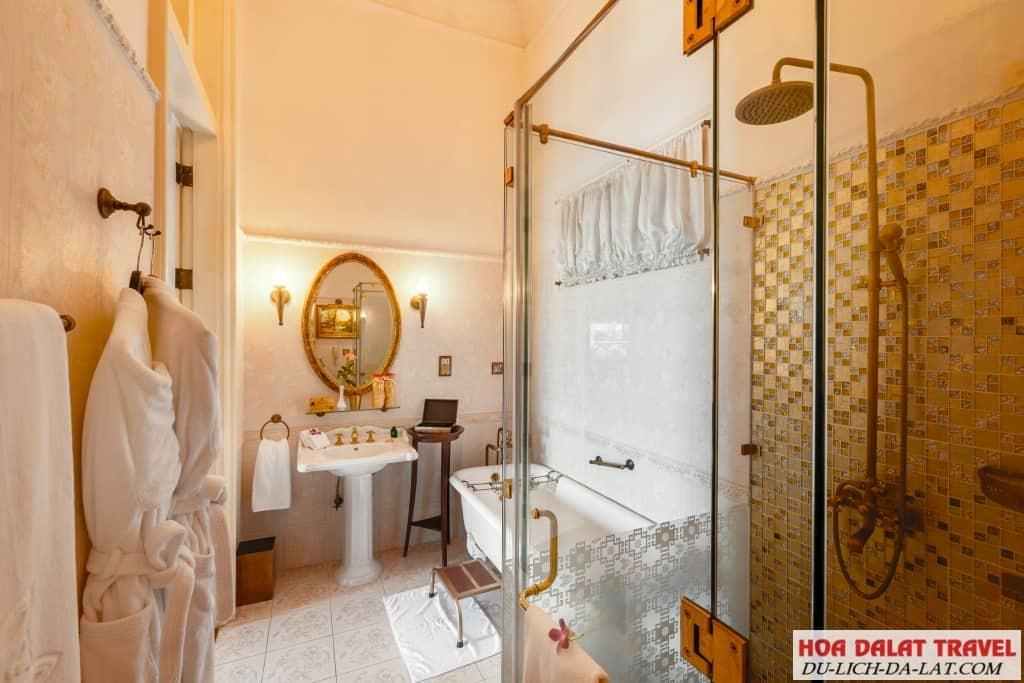 Khách sạn Dalat Palace - nội thất