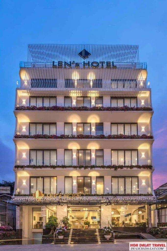 Khách sạn Len's