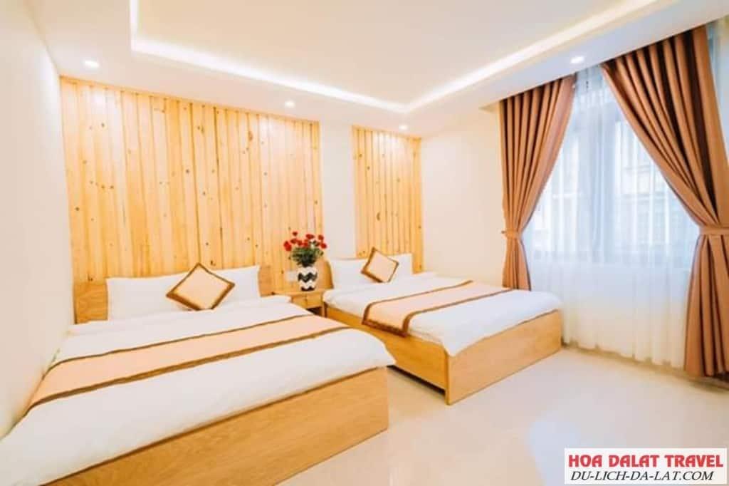 Khách sạn Minh Long